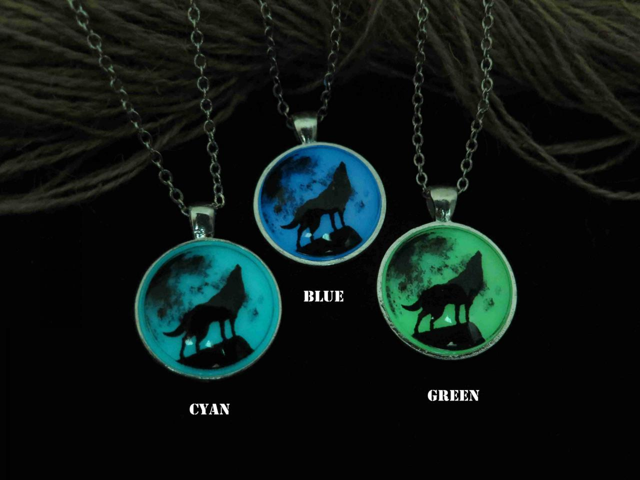 Free Shipping Moon wolf, Wolf necklace, prom jewelry, party jewelry,Glow in the dark necklace,Glowing Pendant Necklace,Halloween jewelry, Wedding necklace
