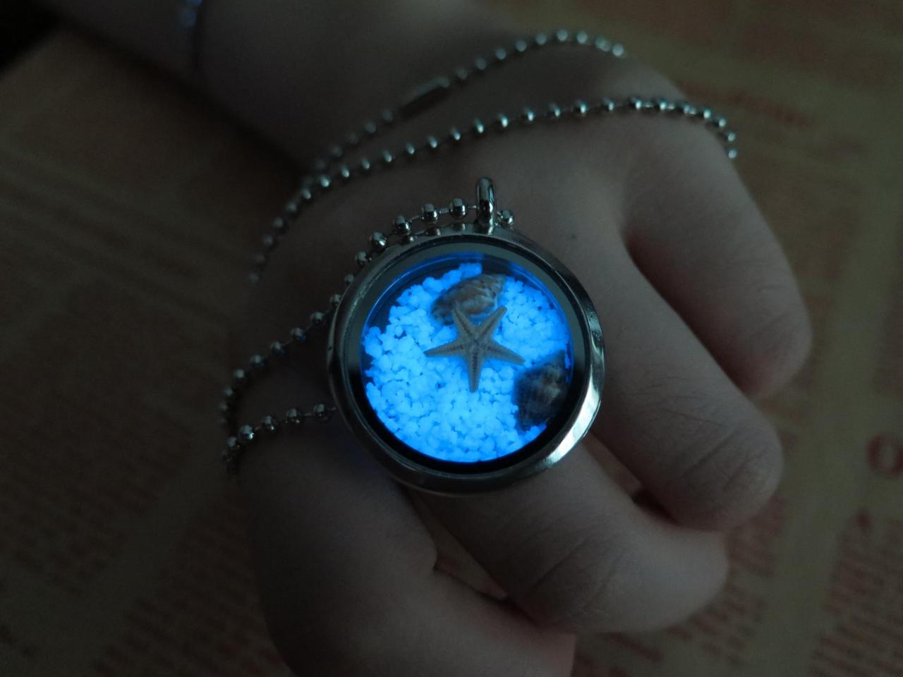 Free Shipping Blue Sea World, the marine's heart, prom jewelry, party jewelry,Glow in the dark Blue necklace,Glowing Pendant Necklace